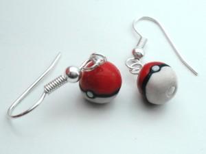 pokeball-earrings