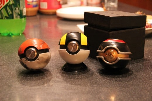 metal-pokeball-replica
