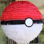 pokeball-pinata